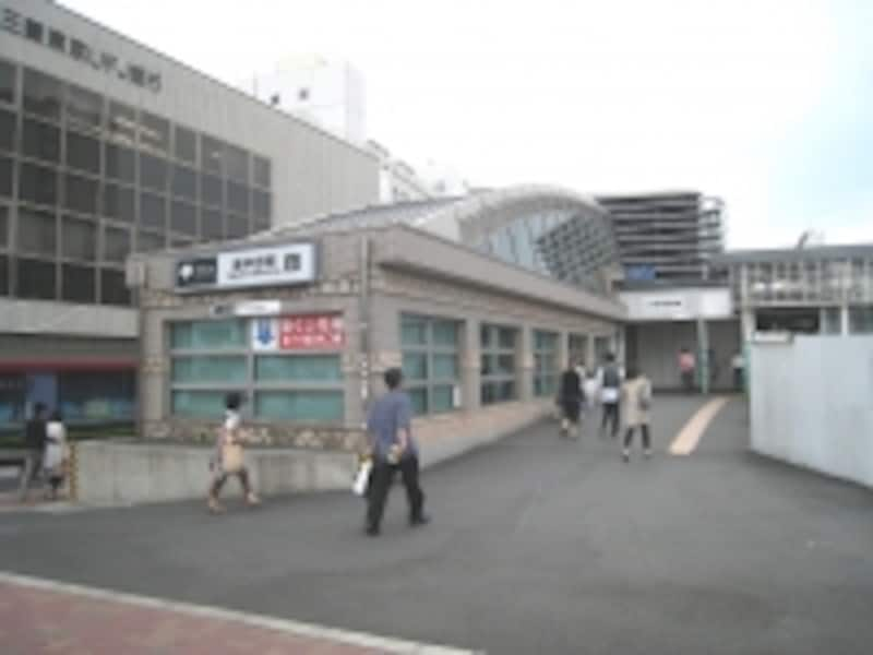 大江戸線東中野駅