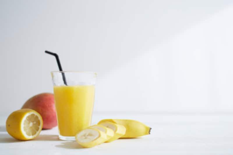 夏のウォーキングの注意点果物からも水分補給