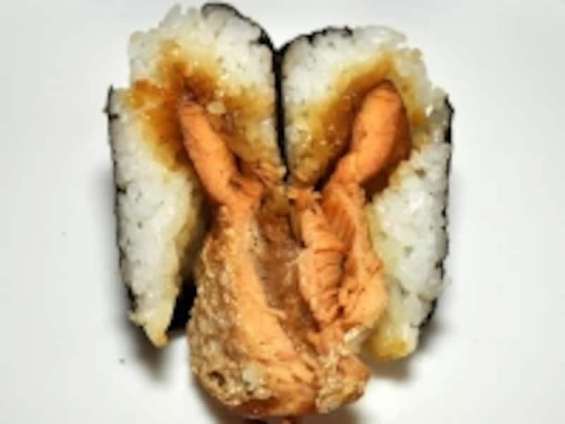 ローソンundefinedおにぎり屋undefined鮭ハラス醤油焼undefined中身