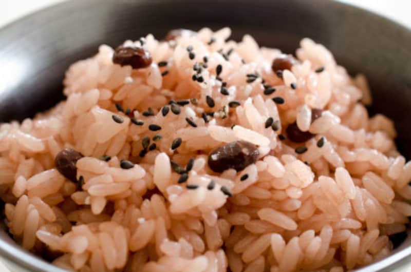 お盆に食べる団子、天ぷらなどの食べ物は地域ごとで異なる