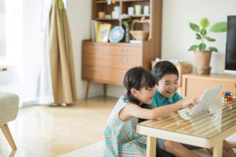 二人で一緒に遊んでくれるようになると、育児が楽になる