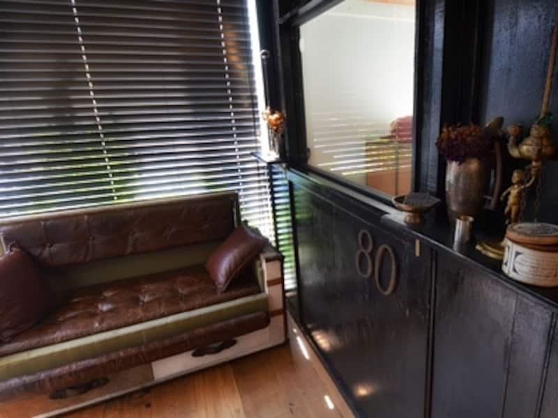 3~4名のミーティングにも最適な半個室。取材当日もビジネスパーソンがこのスペースを指名して訪れていました。