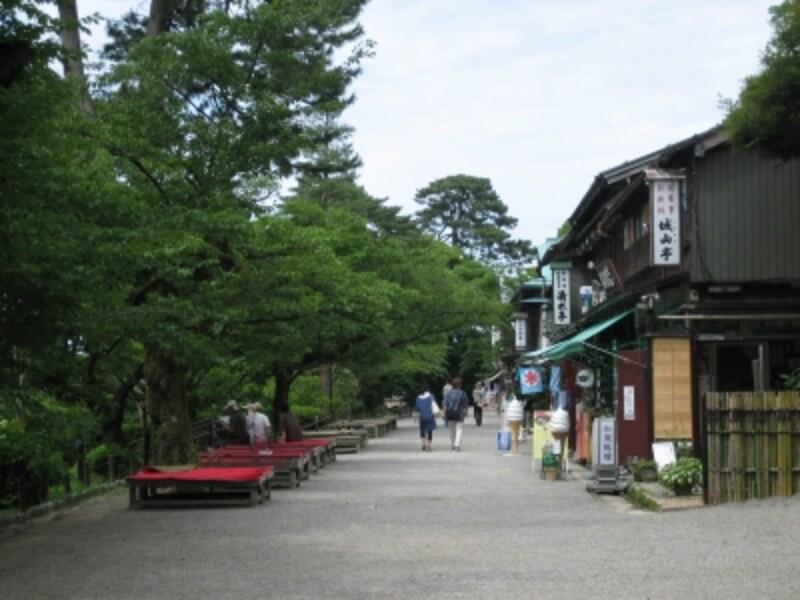 兼六園の茶店