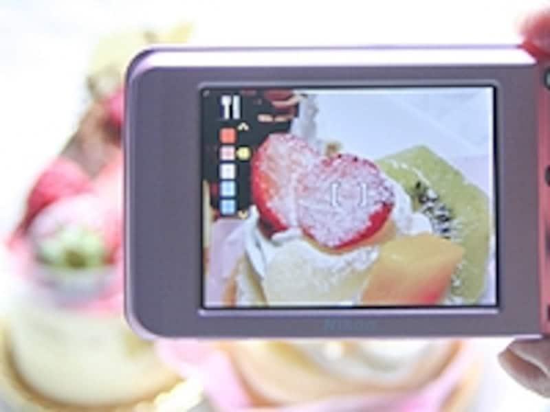お料理やスイーツがキレイに撮れるデジカメは、ブログを書くときにも役立ちます