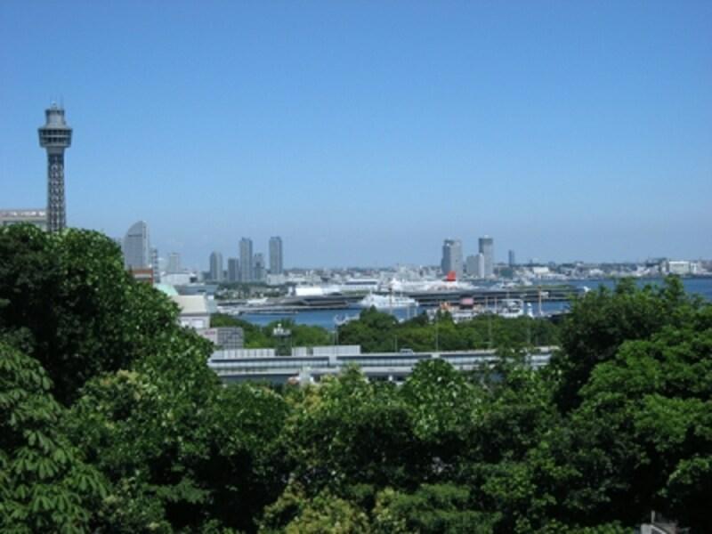 港の見える丘公園からの横浜港の眺め