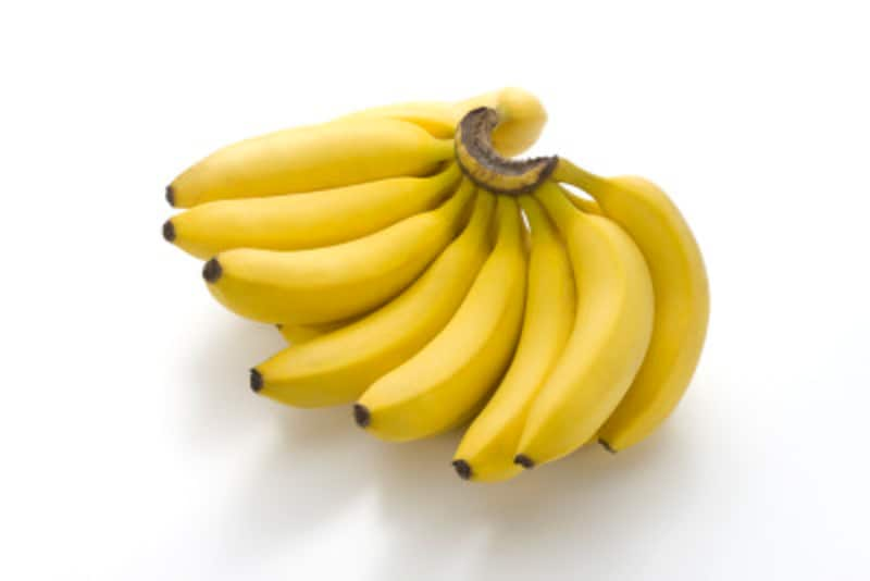 バナナは特に好まれる。熟したものに注意