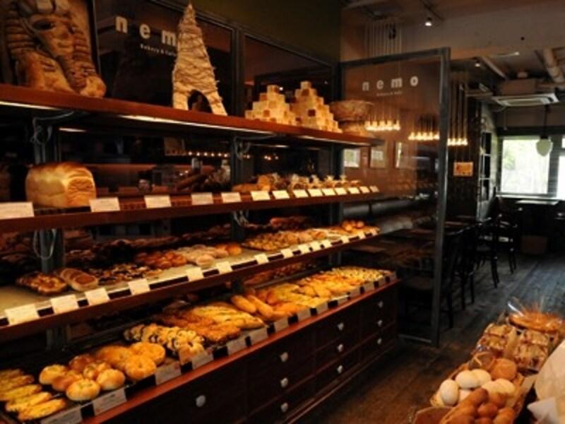 パン売り場の奥がカフェ