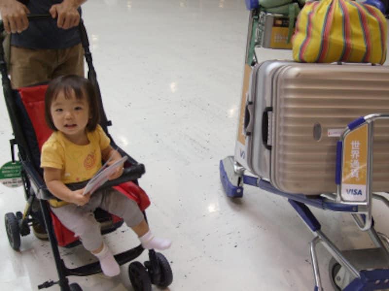 空港のベビーカー