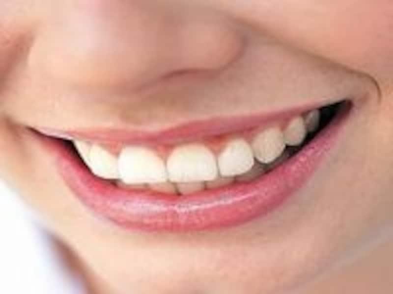 キレイな歯は笑顔を美しくする!