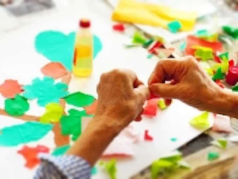 高齢者にとって、介護施設などでのレクリエーションは単なる娯楽以上の意味があります