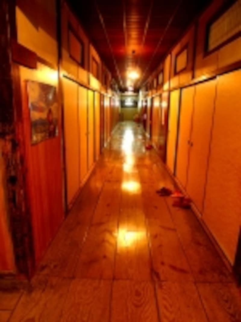 地獄温泉清風荘本館二階廊下