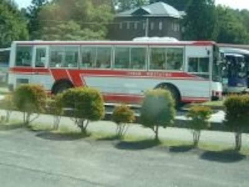 駒ヶ岳ロープウェイ駅行きの路線バス(中央アルプス観光バス)