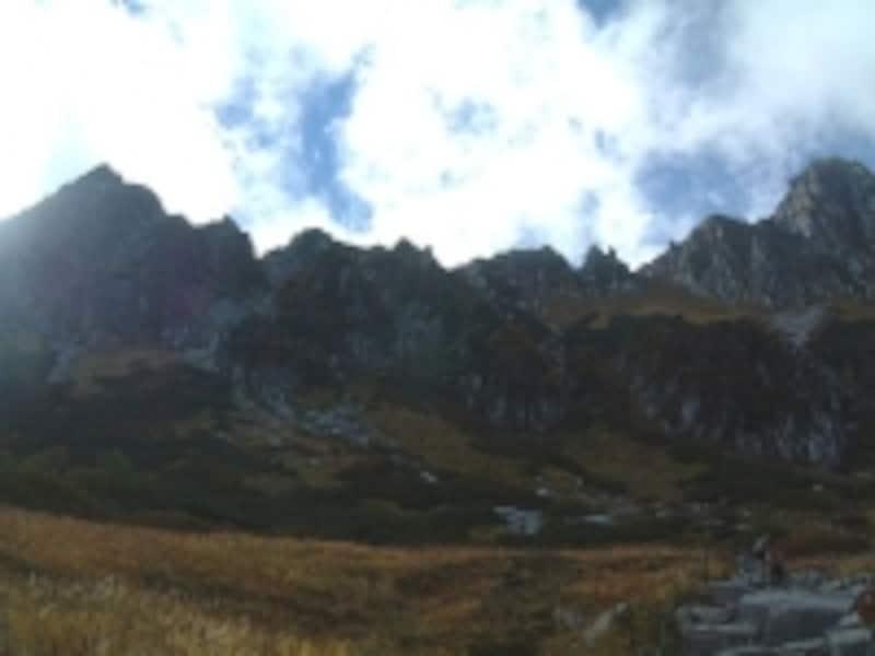 千畳敷カールから眺める中央アルプスの稜線
