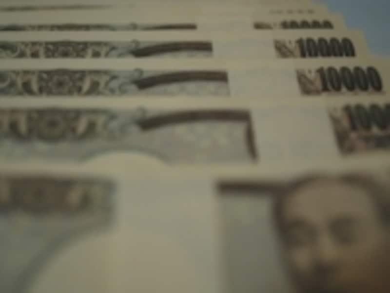 日本の円は今年に入って上昇しているが、韓国ウォンは下がっている。
