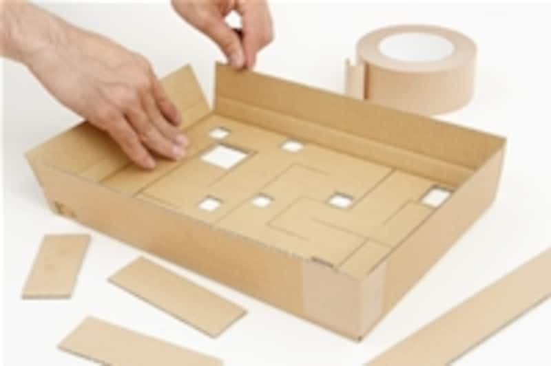 4.枠箱を組み立てます。