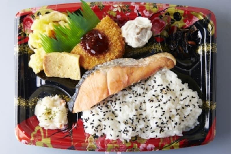 お弁当や惣菜などの中食は外食よりリーズナブルですが、味や種類にマンネリを感じることも