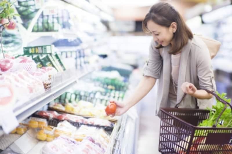 毎日料理ができないなら、食材は買いすぎないこと。一人暮らしは安さだけにつられると、かえって損することもありますよ