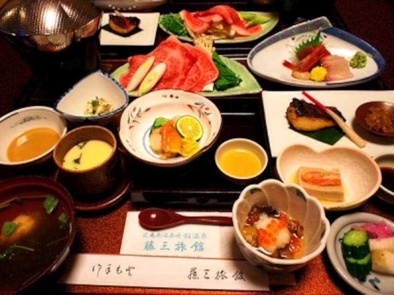 鉛温泉藤三旅館夕食