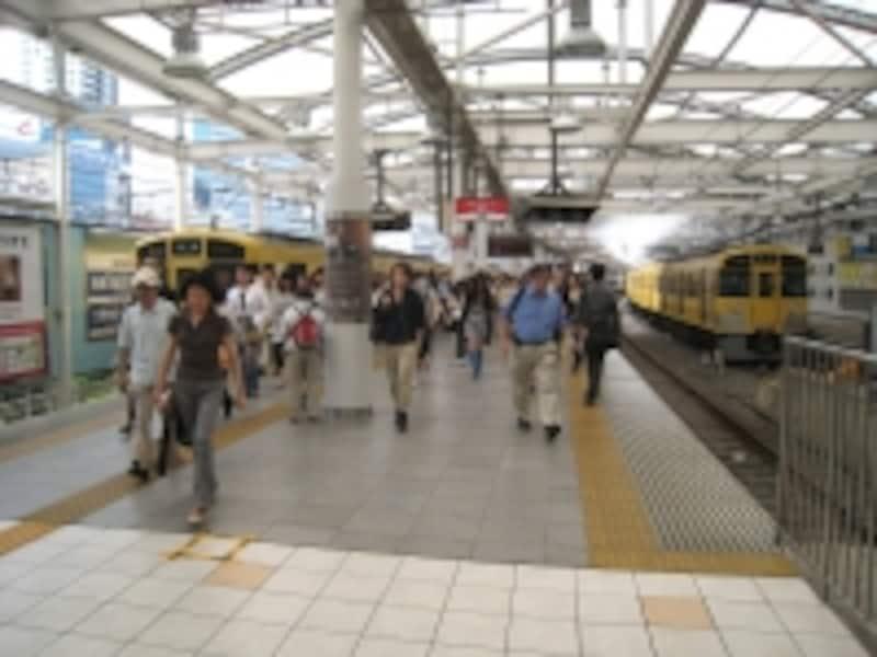 西武新宿線西武新宿駅