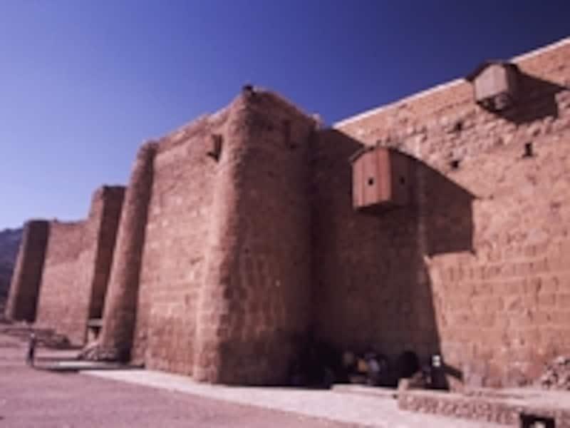 聖カトリーナ修道院の城壁