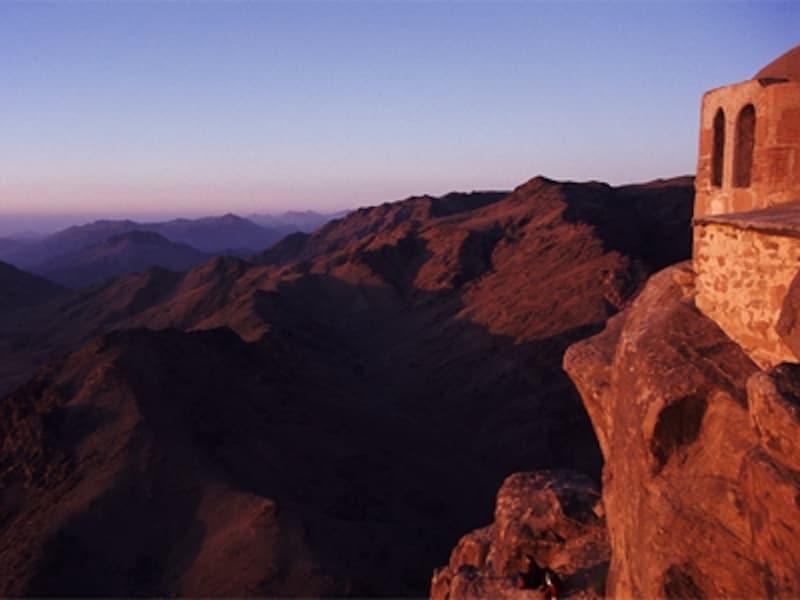 標高2,285mのシナイ山頂