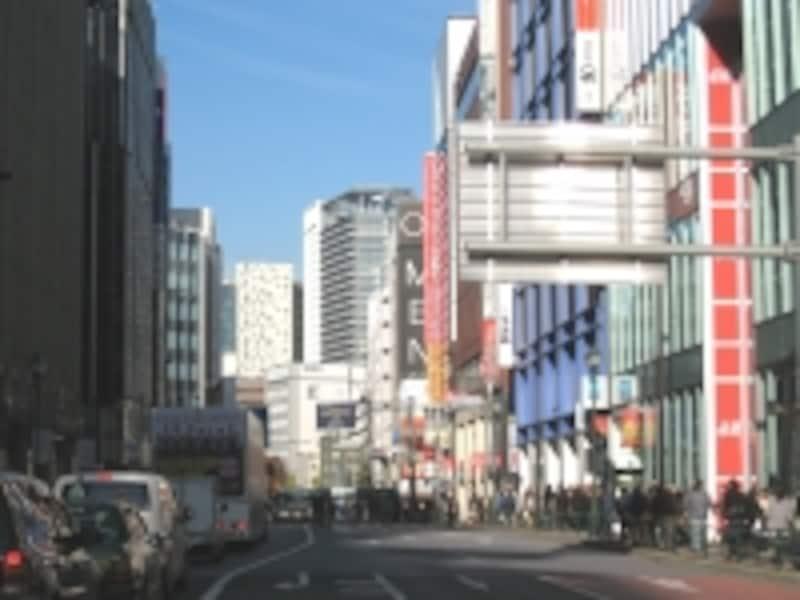 新宿三丁目からの眺め