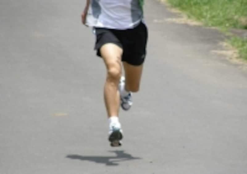 ひとりでも追い込んだ走りができる練習をする