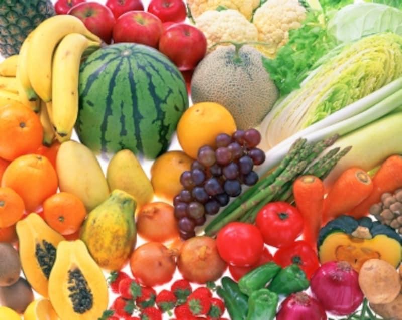 間食はもちろん、昼・夕には、果実や野菜を中心に。