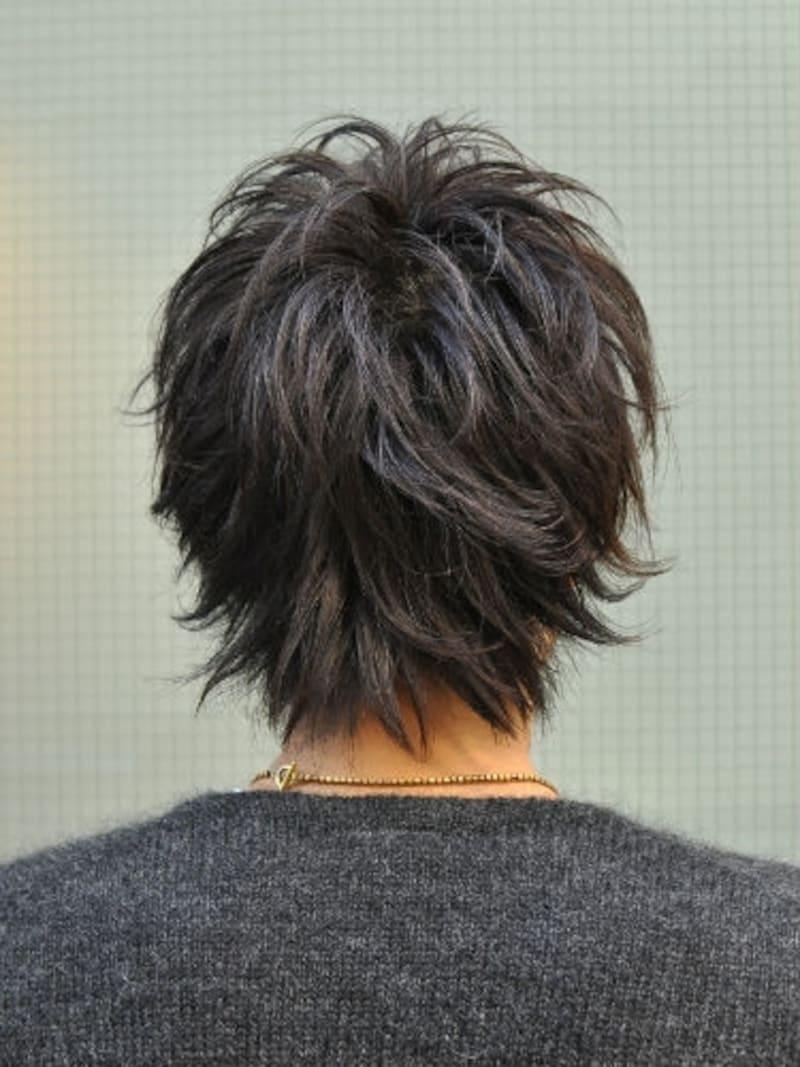 黒髪束感ミディアム