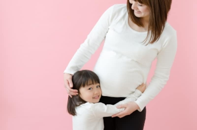 医学的にいつまで、上の子の抱っこが許されるのかという基準はない