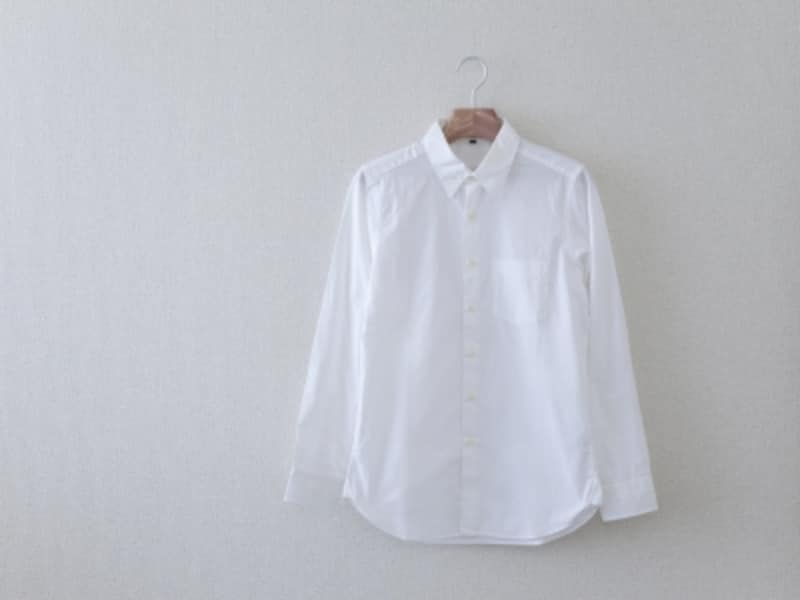 定番アイテム,白いシャツ,タンスの肥やし