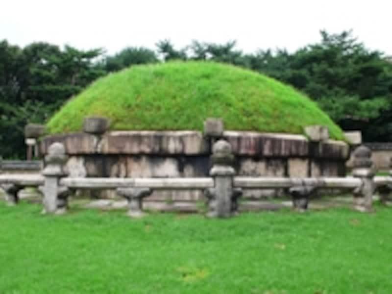 宣陵の陵寝