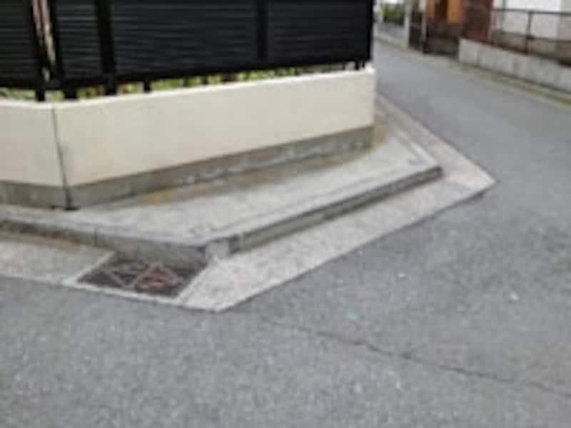 角敷地のすみ切りの例