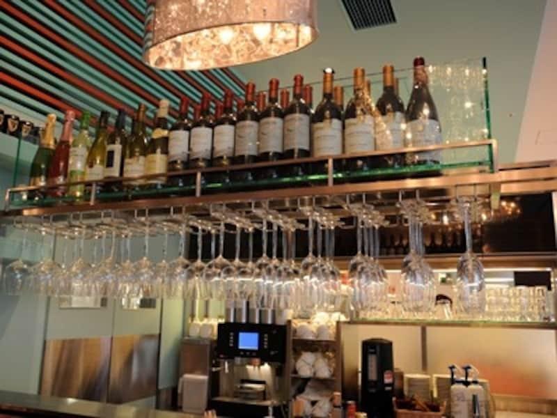 各種ワインのほか、ビール、カクテル等も