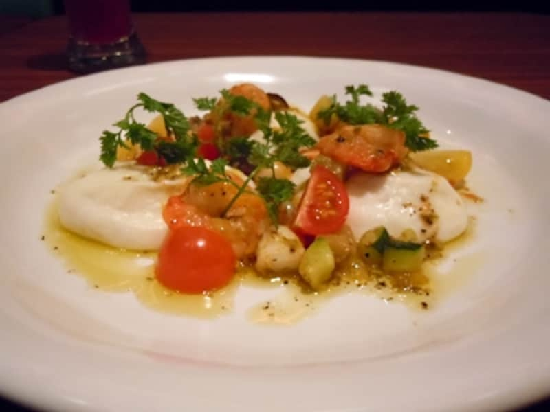 魚のムースと彩野菜のケッパーソースundefined(1250円)