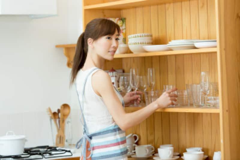 食器棚の防災対策