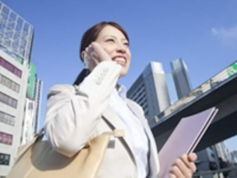 スマートフォンのアプリを上手に活用すれば、新生活をスムーズに始められる!