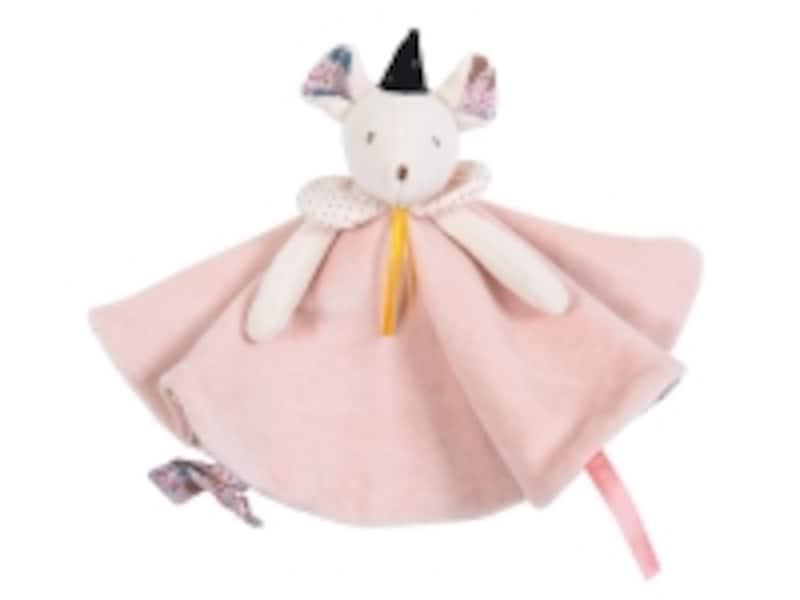 ボーネルンドのおもちゃ出産祝いランキング第8位「ワンス アポンアタイム おしゃぶりタオル ミミ」は、お誕生すぐから活躍してくれるのでプレゼントにも最適