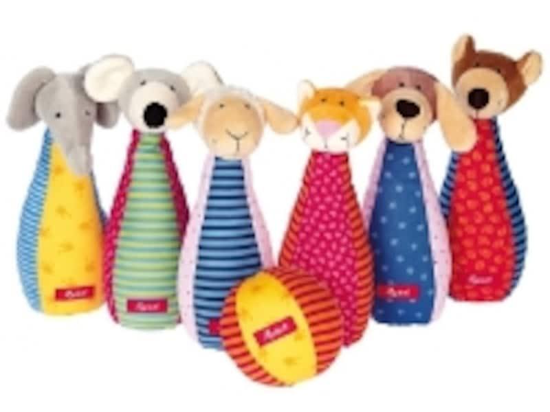 ボーネルンドのおもちゃ出産祝いランキング第6位「アニマルボーリング」は、愛らしい顔の動物たち。ボーリングになっているところが人気のポイント