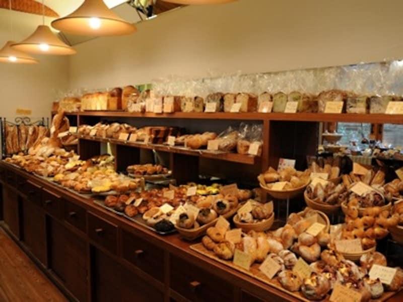 パンは100種類ほど