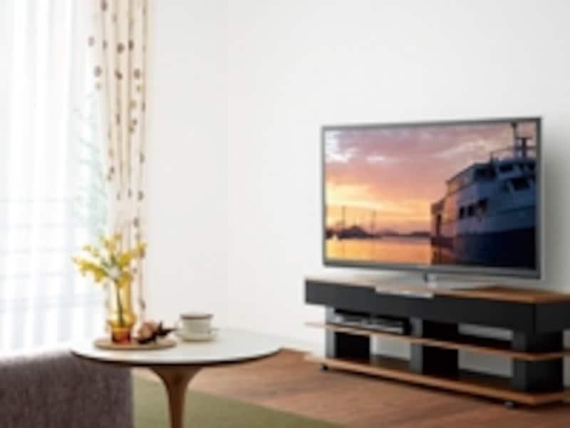 薄型テレビが普及し、ホームシアターの楽しみも増えた