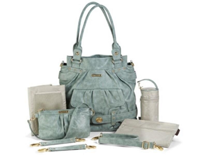 ワーキングマザーを中心に人気急上昇中の、機能性マザーズバッグ