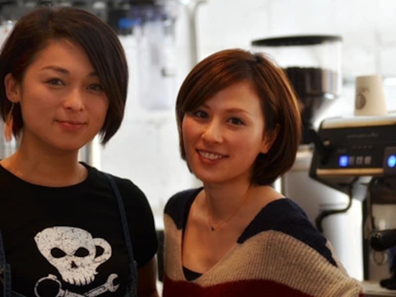 美女バリスタ、伊藤麻美さんと中山静香さん。