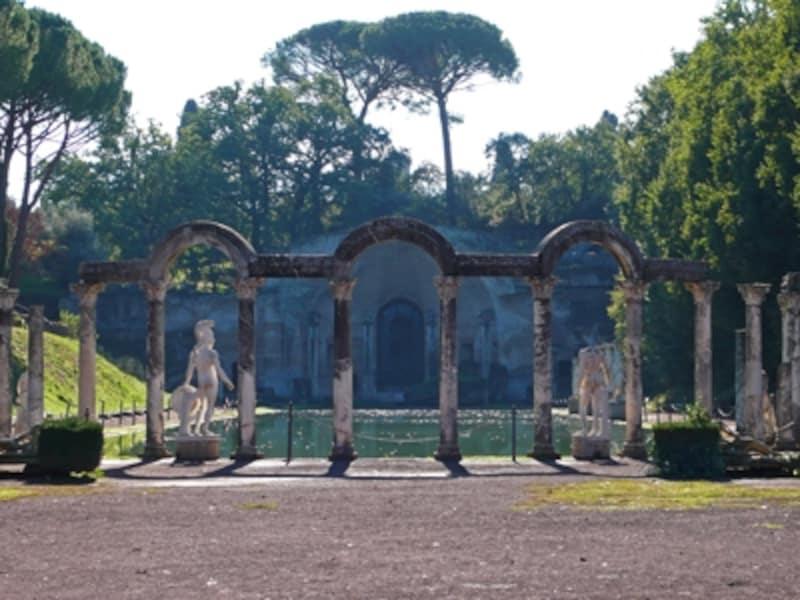 カノープスとセラピス神殿