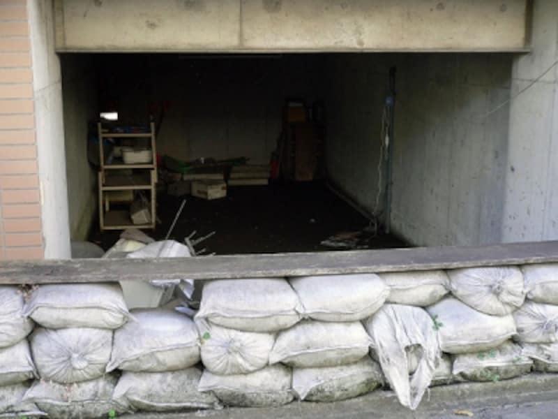 大雨のときの半地下車庫