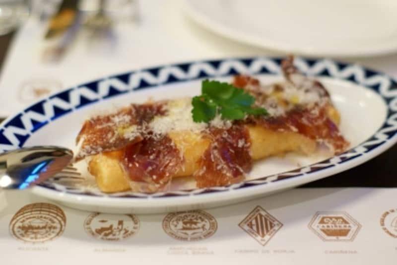 ナバーラ産極太ホワイトアスパラのフライundefinedイディアサバルチーズ風味