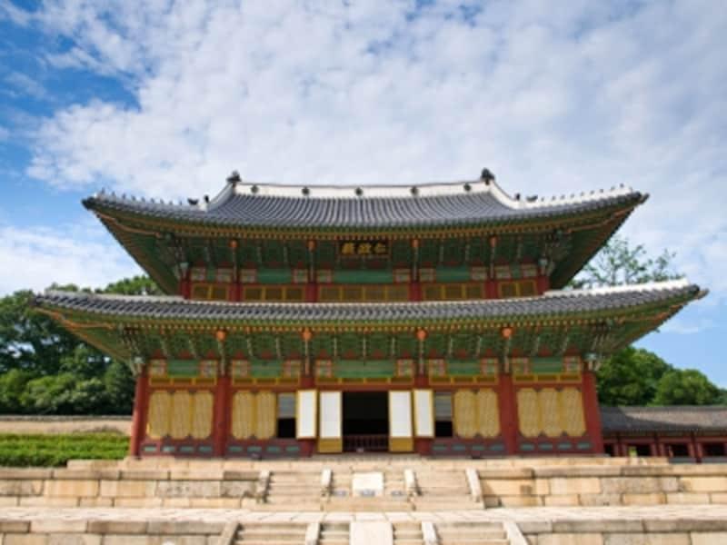 昌徳宮の仁政殿