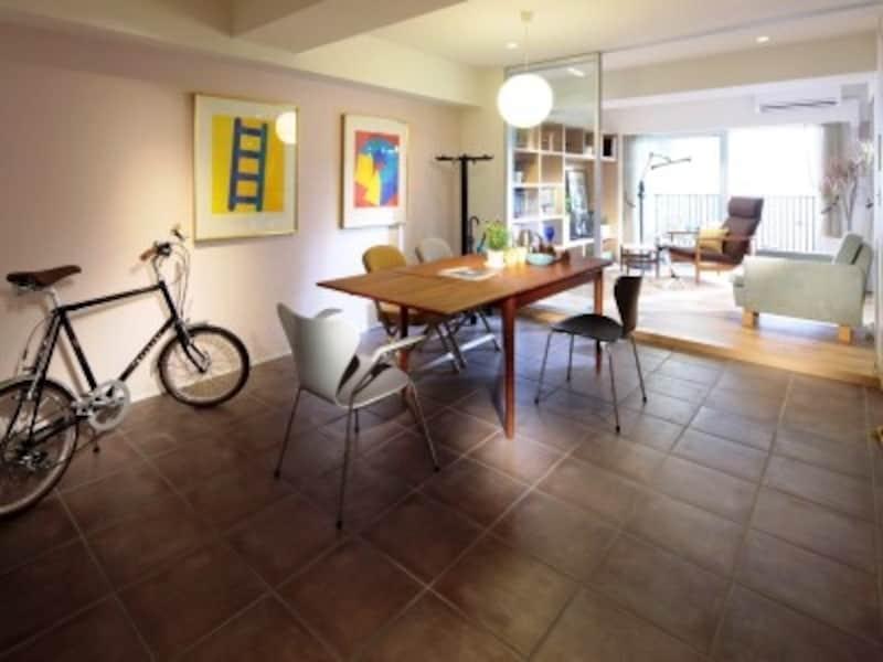 「doma(土間)plan」undefined※モデルルームを撮影(2012年4月)したもので、照明・仕様等は実際とは異なる場合があります。また、家具・調度品・オプション等は価格に含まれません