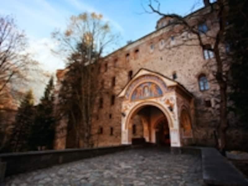 リラ修道院の裏口