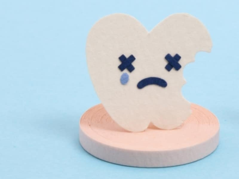 歯の根が残る「残根」の治療方法抜歯、かぶせもの